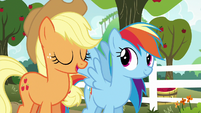 """Applejack """"until we find the best one"""" S6E18"""