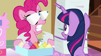 Pinkie's eyes bulge out of their sockets S7E3