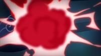 Refractor gem explodes S9E4