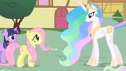S01E22 Fluttershy i Celestia rozmawiają