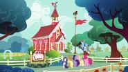 S05E19 Mane 6 przed budynkiem szkoły w Ponyville