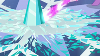 Twilight's magic beam being shot onto the Crystal Heart pieces S6E2