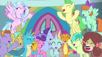 Students cheer for Rainbow and Applejack MLPS3