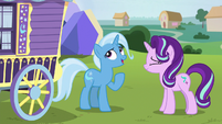 "Trixie ""could've stood one more second"" S8E19"