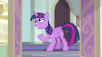 Twilight acting awkward at the door MLPS4