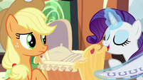 """Rarity """"and a fetching blanket"""" S6E1"""