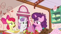 "Sweetie Belle ""that's so romantic!"" S9E23"