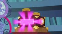 Mirror's magical pistons pumping EG2