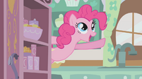 """Pinkie Pie singing her """"Cupcakes"""" song S1E12"""