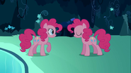 S03E03 The first pair of Pinkie Pies