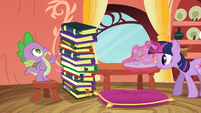Spike counting the 12th book S3E9
