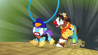 Trouble Shoes chases short rodeo clown S5E6