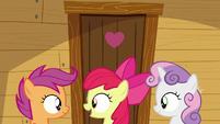 Apple Bloom -when's Rainbow Dash comin'-- S9E22