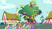 Crowd of ponies in front of Twilight's library S3E03