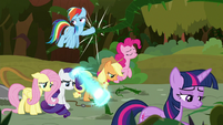 Mane Six tired from fighting off vines S9E2