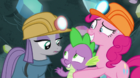 Maud Pie and Spike greet each other S7E4
