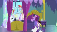 Rainbow still speaking in sound effects MLPS2