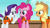 Rarity --trying to give the two of you-- S6E22