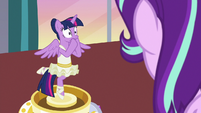 Twilight Sparkle covering her mouth S7E10