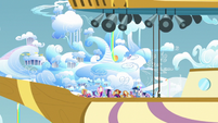 Zeppelin passing next to Cloudsdale S7E22