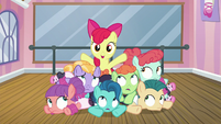 "Apple Bloom ""with my new group of friends"" S6E4"
