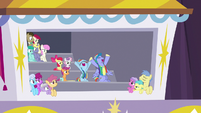 Bow and Windy cheering more loudly than ever S7E7