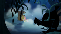 Creature appears before Fluttershy and animals S6E15