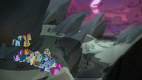 Mane Six and Pillars arrive at the Hollow Shades S7E26