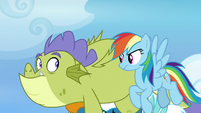 Rainbow looks disapprovingly at Sludge S8E24