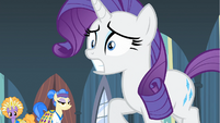 Rarity leaving to chase down box S4E19