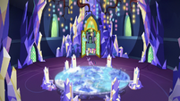 Rest of Mane Six burst into the throne room S9E1
