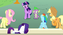 """Twilight """"remind her what she's good at"""" S8E18"""