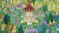"""Zoomout of Ponyville as Apple Bloom sings """"I don't think that we're mistaken"""" S2E17"""