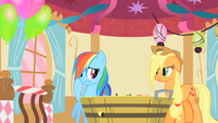 Applejack chuckling at Rainbow Dash's find S1E25