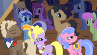 Displeased audience S1E20