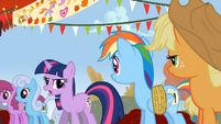 Twilight is somewhat offended at being called an egghead S1E13