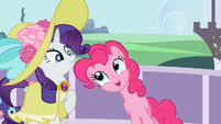 """Pinkie Pie """"Balloons are super easy to pack."""" S02E09"""