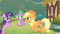 Twilight talks to Applejack about Pinkie S1E15