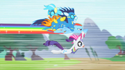 Rainbow flies parallel to ground S1E16.png