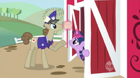 Twilight mail S02E14
