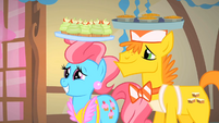 Mr. and Mrs. Cake being presentable S1E22