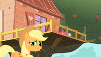 Applejack outside of clubhouse S01E18