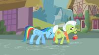 Rainbow Dash shoving Granny S2E8
