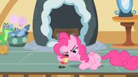 Pinkie Pie eavesdropping S1E25