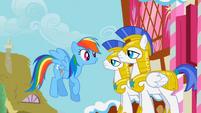 Rainbow fails to amuse the guards S1E22