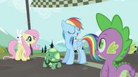 """Rainbow Dash """"Take a letter"""" S2E07"""