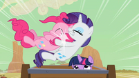 Rarity catching Pinkie Pie S2E14