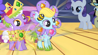 Fillies dancing in glittering costumes S1E23