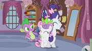 """Rarity and Sweetie Belle reconcile """"deal!"""" S02E05.png"""