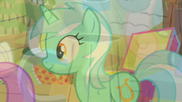 Lyra Heartstrings turn S02E15.png